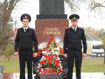 Представители одной из самых опасных профессий  — сотрудники органов внутренних дел РФ —  10 ноября отметили свой праздник
