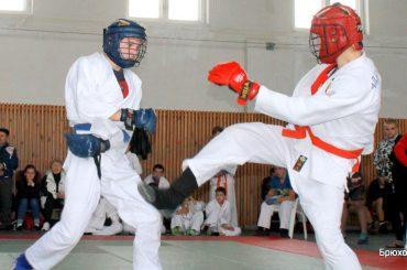 В городе Абинске прошли открытые краевые соревнования по рукопашному бою