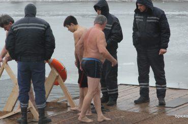 Брюховчане отмечали 19 января один из главных христианских праздников — Крещение Господне