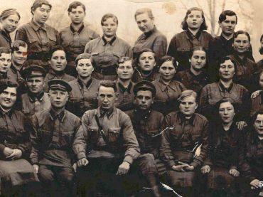 Кто говорит, что на войне не страшно?  Неоценимый вклад в победу над фашизмом внесли советские женщины