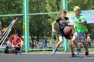 На спортплощадке в Переясловской состоялся ежегодный Всекубанский турнир по уличному баскетболу на кубок губернатора Краснодарского края