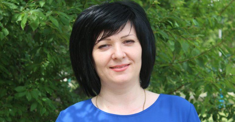 «Волонтерам добавят баллы к ЕГЭ» — интервью с начальником районного отдела по делам молодежи Еленой Самойленко