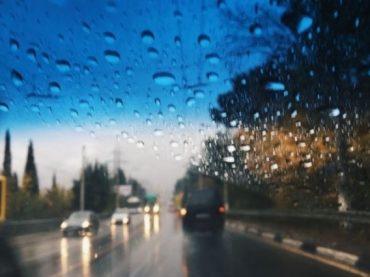 Штормовое предупреждение: на Кубани ожидаются град, гроза и сильный ливень