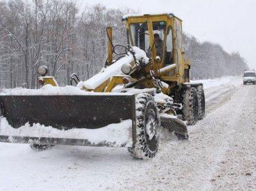 До конца дня планируется расчистить федеральные и краевые трассы от снежных заносов