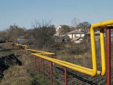 В Свободном покрасили более трех километров газопровода