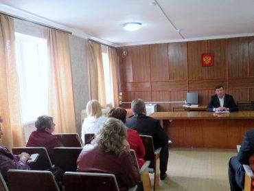 Единороссы проводят встречи с избирателями