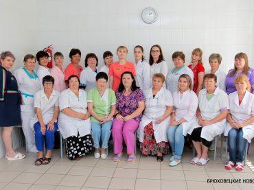 Низкий поклон вам, медики наши! В воскресенье отмечается День медработника России