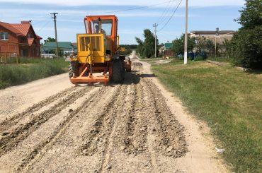 Центр Переясловской изменится.В поселении строят дороги, прокладывают водопроводные сети, ремонтируют дом культуры