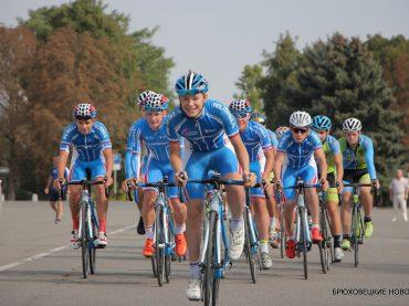 В Брюховецкой проходит Всероссийская велогонка