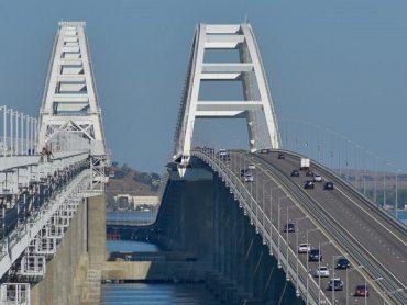 По Крымскому мосту запустят электрички