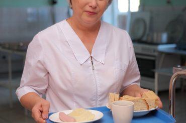 Пригодились мамины уроки: профессиональный праздник отмечают повара