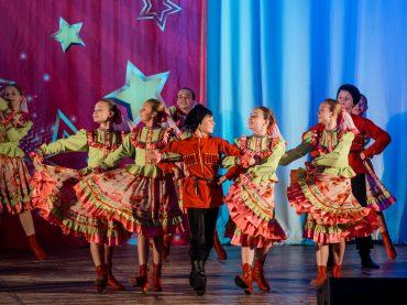Наши звездочки сияют ярче: в зале Кубанского казачьего хора прошел Межрегиональный конкурс «Созвездие Юга»