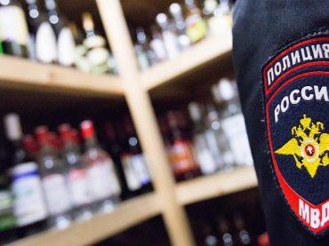 В Брюховецкой изъяли 38 литров незаконного алкоголя