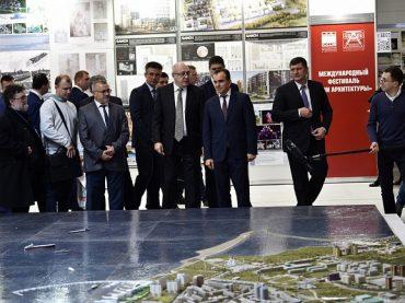 Кондратьев: в Краснодарском крае за 4 года привели в порядок 700 дворовых и общественных территорий
