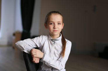 Русфонд: Арине Маматовой из села Бейсугского необходимы слуховые аппараты