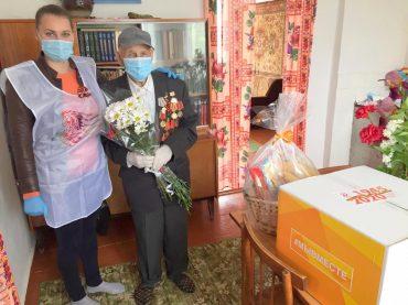 Праздник со слезами на глазах: Новосельское поселение поздравляет своих героев