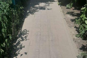 После прямой линии: по улице Советской отремонтировали тротуар