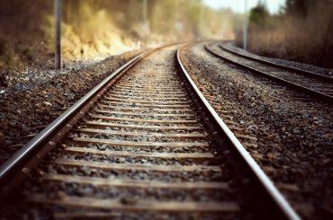 На перегоне Придорожная — Брюховецкая поезд насмерть сбил женщину
