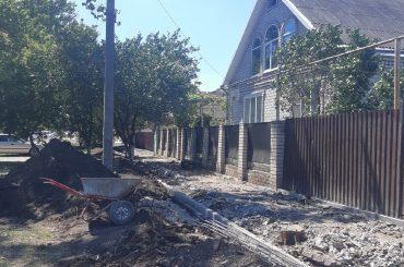 600 тысяч рублей направят на ремонт тротуара в Брюховецкой