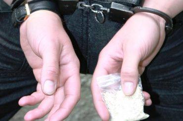 В Тимашевске сотрудники транспортной полиции задержали с наркотиками 21-летнего брюховчанина