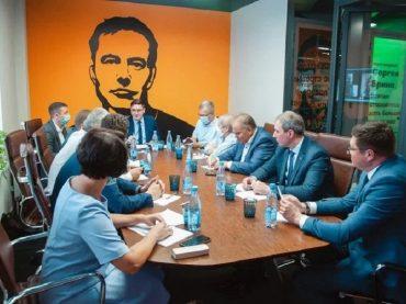 На Кубани разработают программу подготовки профессиональных наставников для студентов и государственных служащих