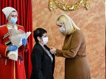 Звание «Заслуженный учитель Кубани» получили 40 педагогов Краснодарского края