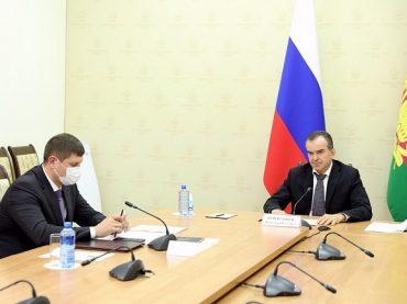 Губернатор Кубани обсудил с главой СКЖД развитие городских электричек и строительство путепроводов
