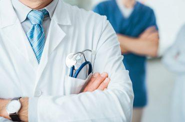 Участниками программ «Земский доктор» и «Земский фельдшер» с начала 2020 года стали более 350 медицинских работников