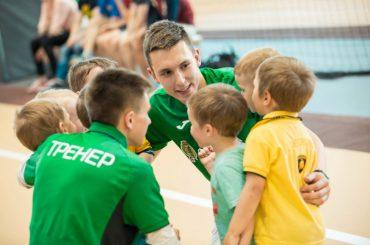 Инструкторы и тренеры России получат статус педагогических работников